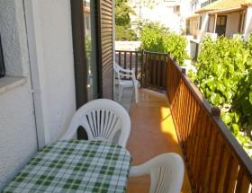 Nikos House balcony1