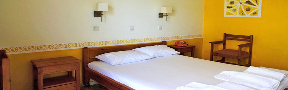 BGR-aris-hotel-room